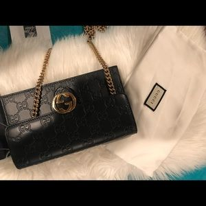 ON HOLD !!!! Gucci Chain Wallet